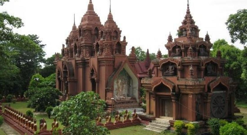 Wat Khao Angkhan Temple is believed to have acted as a spiritual sanctuary