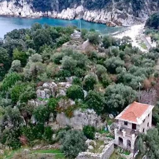 Damouchari Castle